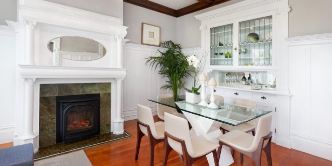 A classic modern condo Just Sold!